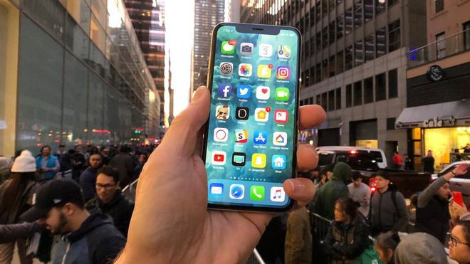 iPhone 2018 sẽ chậm hơn vì sử dụng modem LTE của Intel?